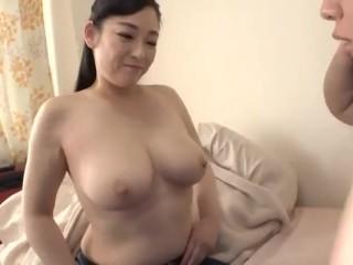 熟女系女優兒玉瑠美在自家幫你破童貞-152401